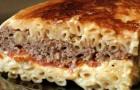 Запеканка из макарон с мясом в пароварке