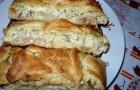 Пирог картофельный с рыбой в мультиварке